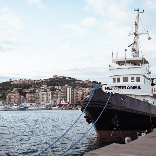 il Tribunale di Palermo ordina dissequestro Mare Jonio. La nave è finalmente libera: smontiamo dal basso i Decreti Sicurezza